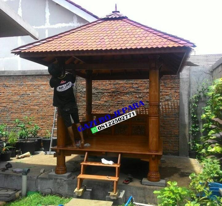 Gazebo Atap Sirap Bahan Kayu Jati