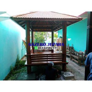 Gazebo taman kayu kelapa ukuran 3×2